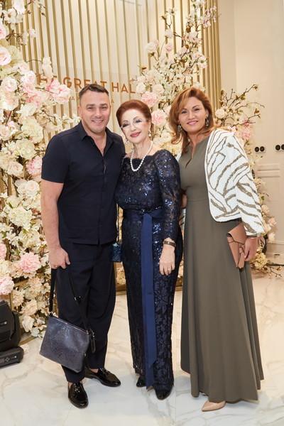 Лейла Адамян и Кирилл Андреев («Иванушки-International») с женой Лолитой