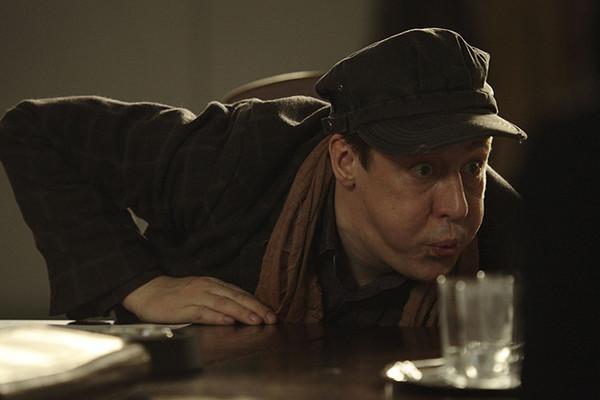 Неоднозначный персонаж Михаила Ефремова из драмы «12»