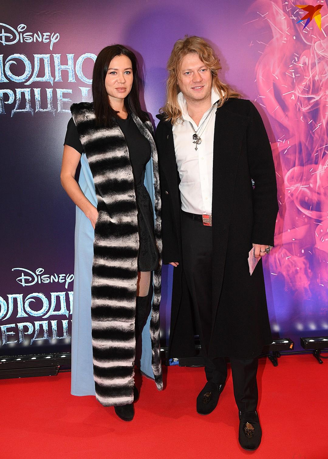 Экс-участник группы «Челси» Роман Архипов с женой Фото: Михаил ФРОЛОВ