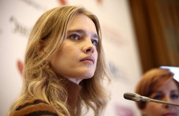 Водянова предложила Рудковской усыновить ребёнка