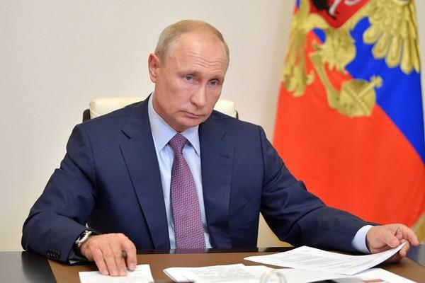 Владимир Путин уверен, что Россия справится с мировым кризисом