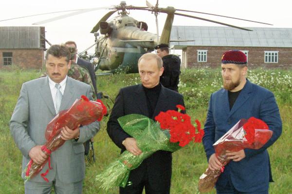 Владимир Путин встретился с Рамзаном Кадыровым сразу после смерти его отца