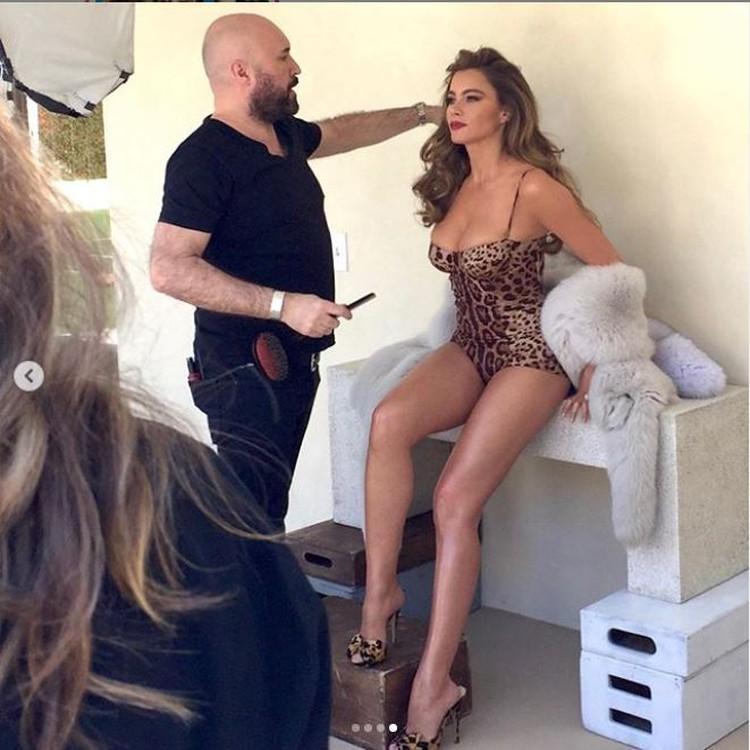 На другом снимке актриса примерила купальник с леопардовым принтом. Фото: Инстаграм.