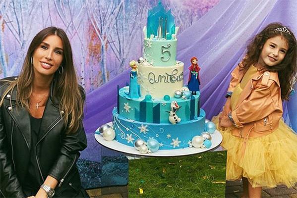Певица воспитывает пятилетнюю дочь Оливию