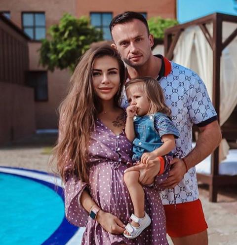 София и Дмитрий Стужук с дочерью Лолой