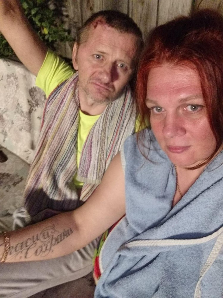 Сергей с женой Натальей, которая теперь не может забрать больного мужа от родственников. Фото: Личный архив Натальи Смирновой