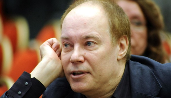 Владимир Конкин продает квартиру покойной дочери