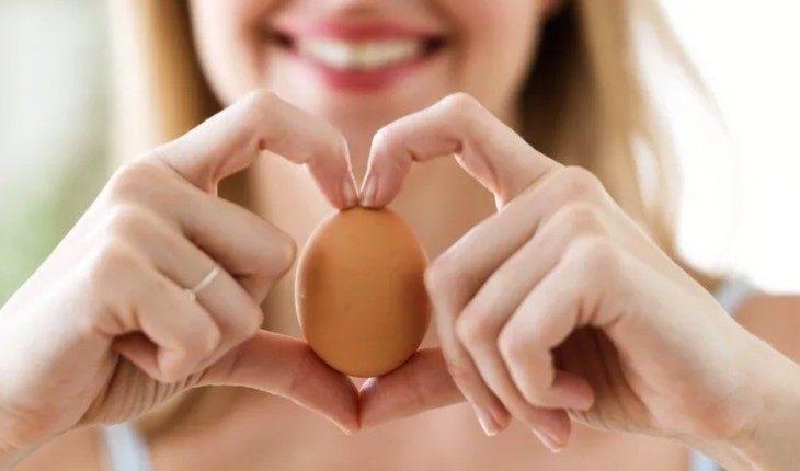 Вареные яйца не стоит греть в микроволновке