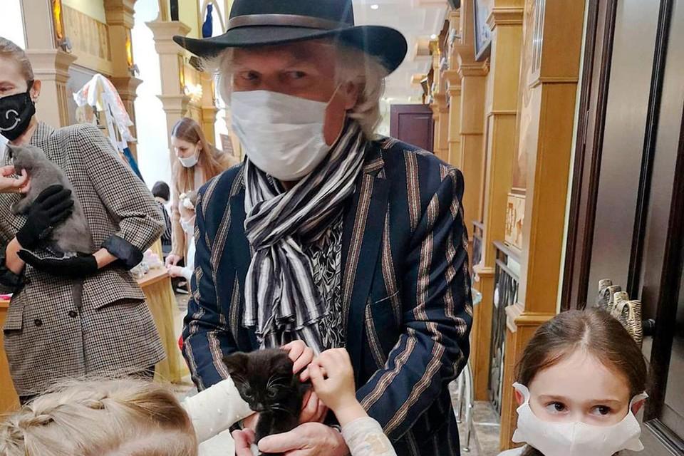 Юрий Куклачев решил сдать плазму для помощи больным коронавирусом.