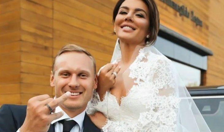 6 сентября Анна Седокова и Янис Тимма поженились