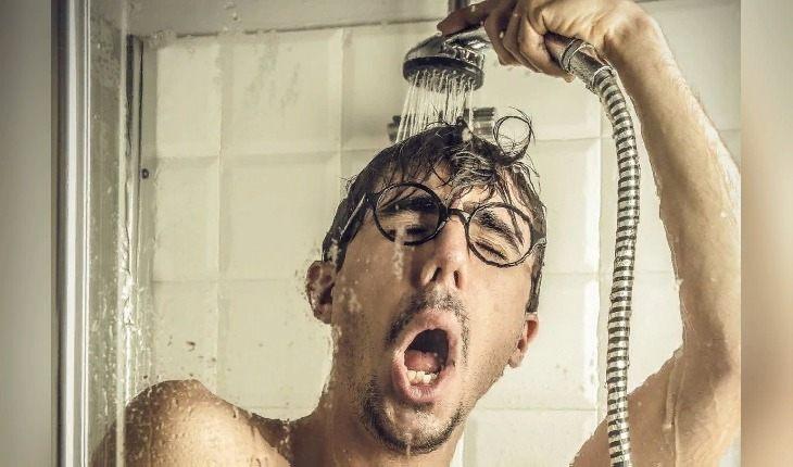 Теплый или горячий душ – верное средство для облегчения похмелья