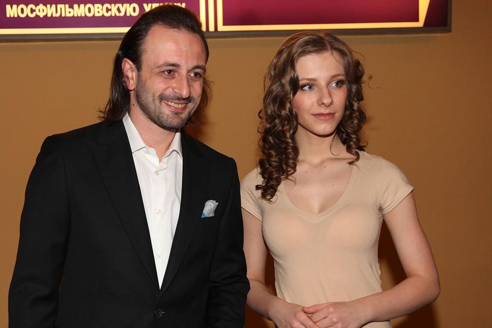 Лиза Арзамасова и Илья Авербух сочетались браком.