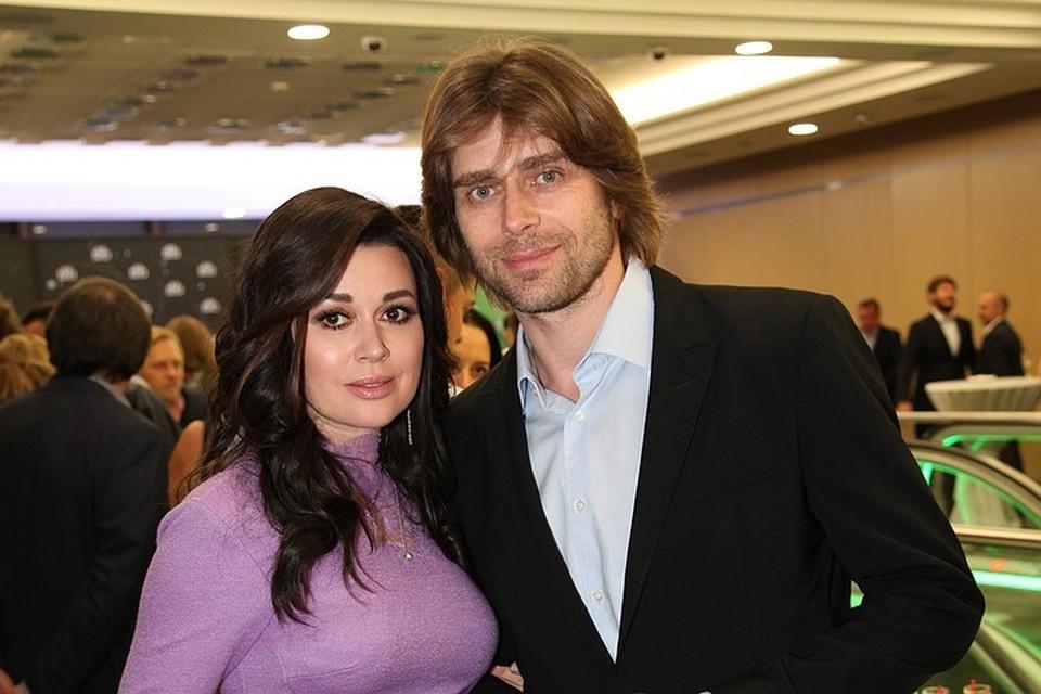 Анастасия Заворотнюк и Петр Чернышев стали родителями в октябре 2018 года