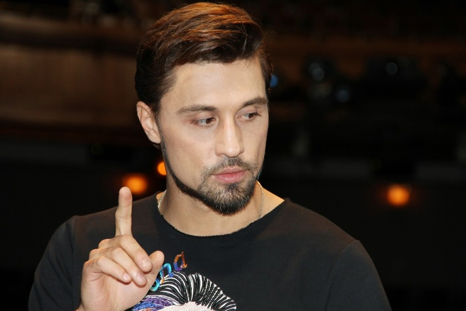 Дима Билан расстался с волосами.