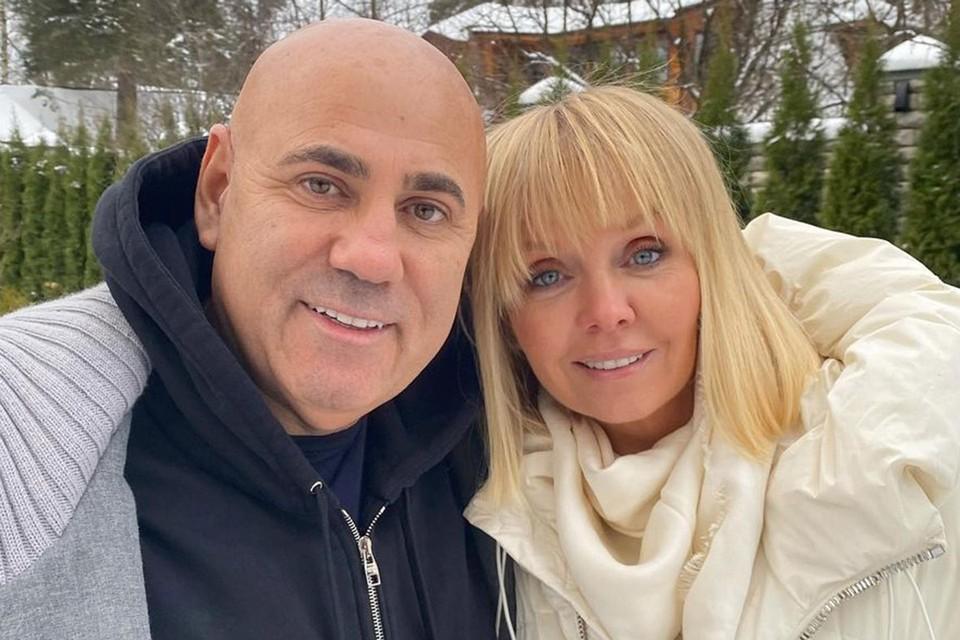 Иосиф Пригожин и Валерия заразились британским штаммом коронавируса в ОАЭ.