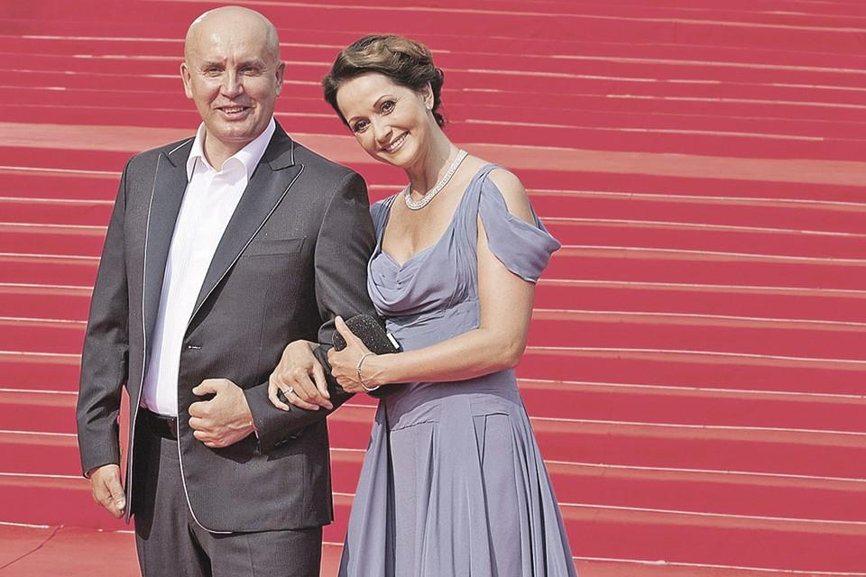 Ольга Кабо вышла замуж за Николая Разгуляева в 40 лет. А вскоре родила ему сына. Фото: Nadezhda MARKALOVA/Global Look Press