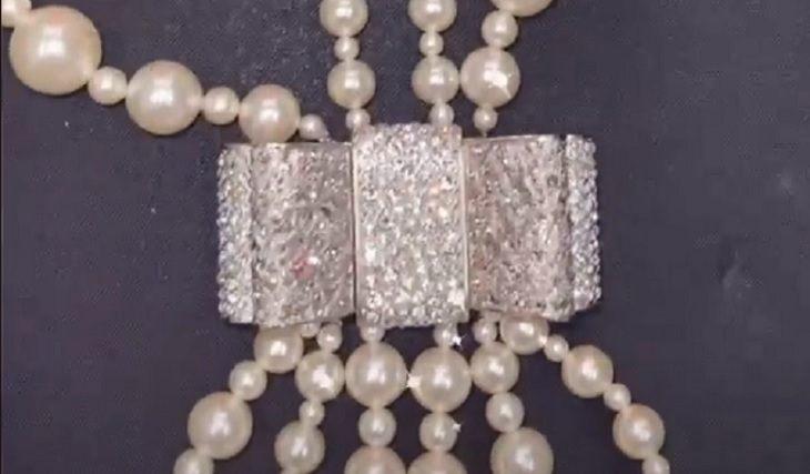 Настя похвасталась ожерельем от Киркорова