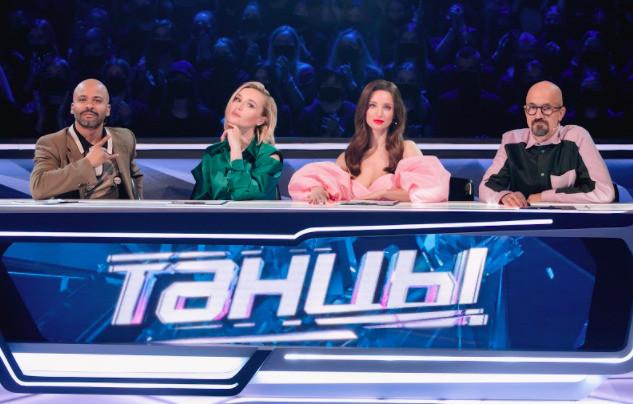 Почти каждую неделю в жюри появляется приглашенный судья, сегодня это Полина Гагарина