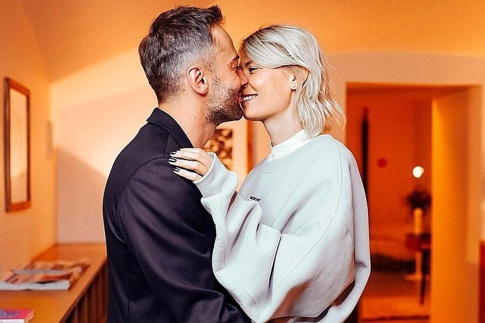 Дмитрий Шепелев и Екатерина Тулупова стали родителями в конце марта. Фото: Инстаграм.