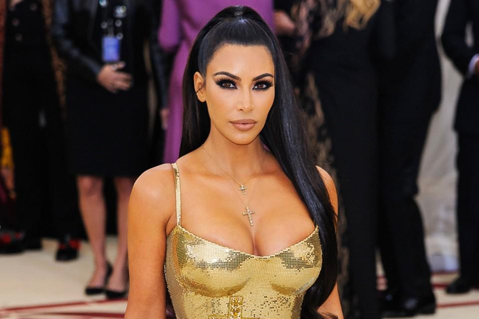 Ким Кардашьян предстоит поделить в суде с мужем опеку над детьми и роскошное лос-анджелесское поместье.