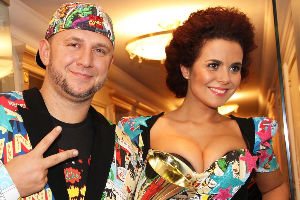 Два года назад Настя вышла замуж за своего коллегу Потапа.