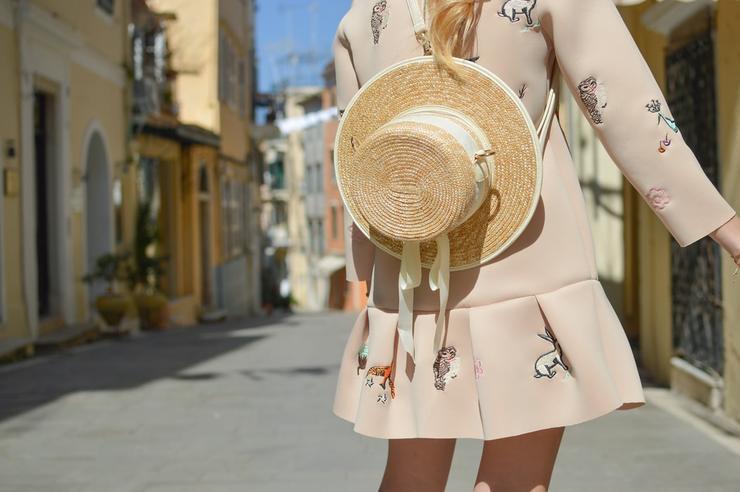 не бойтесь использовать шляпу в городе