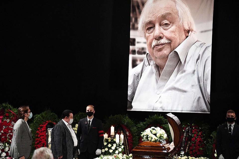 Анатолий Лысенко скончался 20 июня на 85-м году жизни после продолжительной болезни
