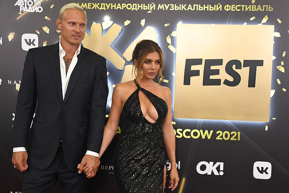 Анна Седокова поправилась и весит почти 70 кг. Будет худеть — рядом ведь молодой муж-спортсмен
