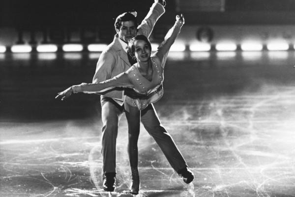 Фильм «Голубой лед» напомнил актрисе о мечтах стать фигуристкой