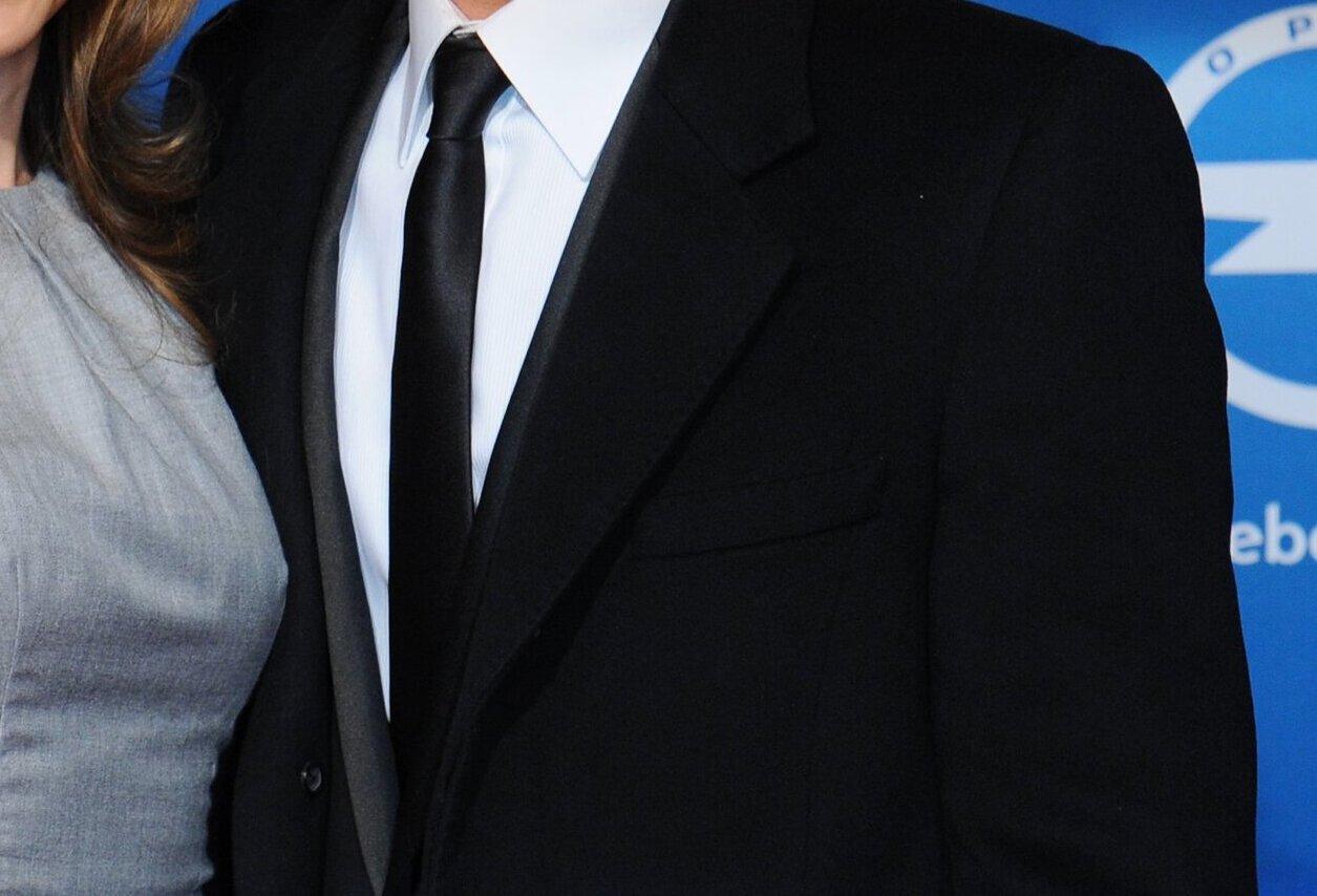 Питт оспаривает решение об опеке Джоли над детьми