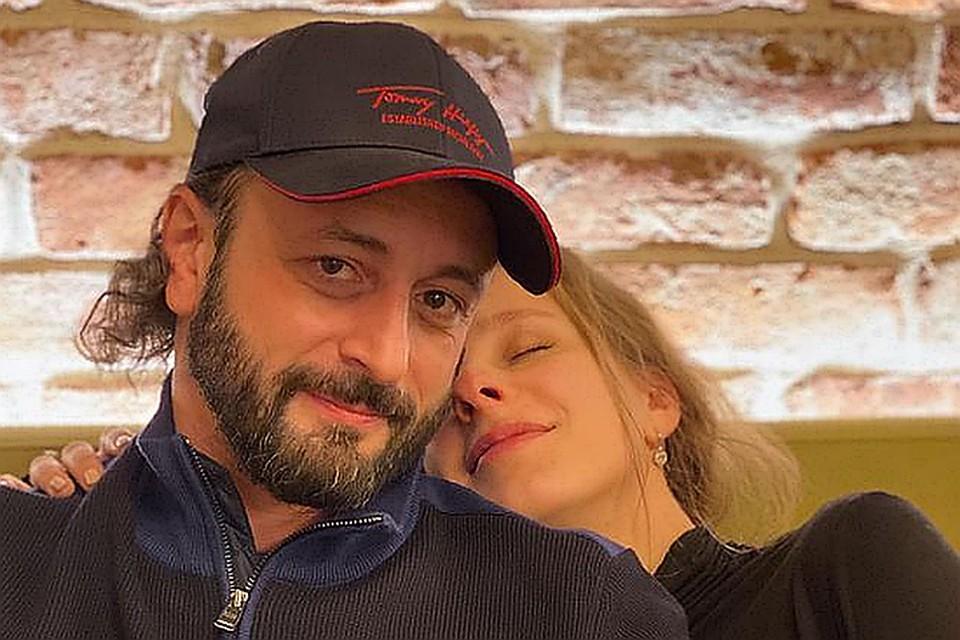 Лиза Арзамасова и Илья Авербух стали родителями в августе. Фото: Инстаграм.
